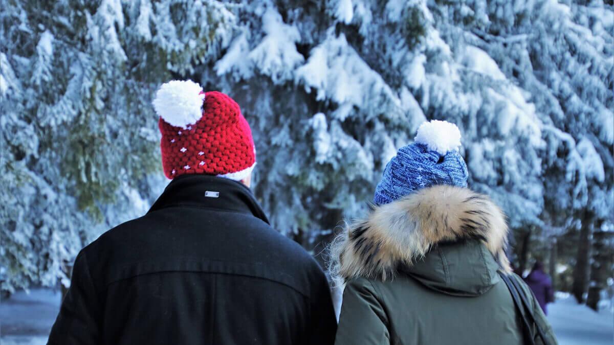 Ciepłe czapki i rękawiczki, które idealnie podkreślą Twoją zimową stylizację!
